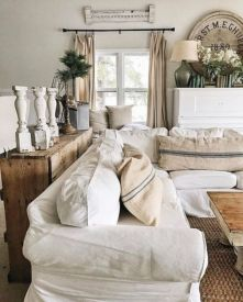 Classic and elegant european farmhouse decor ideas 05