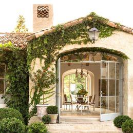 Classic and elegant european farmhouse decor ideas 19