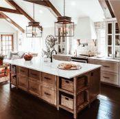 Classic and elegant european farmhouse decor ideas 45