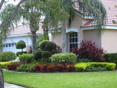Impressive small front yard landscaping ideas 44