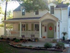 Most stylish farmhouse front door design ideas 15