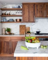 Wonderful wood kitchen design ideas for cozy kitchen inspiration 07