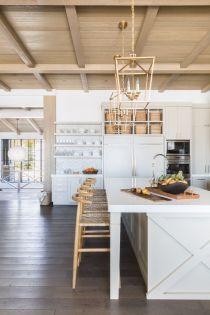 Wonderful wood kitchen design ideas for cozy kitchen inspiration 36