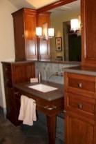 Adorable modern rustic bathroom ideas 16
