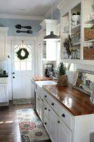 Amazing farmhouse kitchen decor ideas for inspiration 20