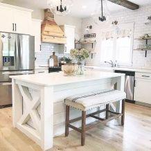 Amazing farmhouse kitchen decor ideas for inspiration 25
