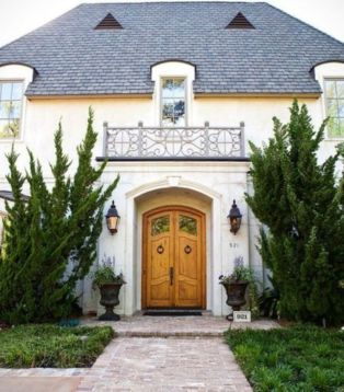 Amazing french country exterior for your home inspiration 26