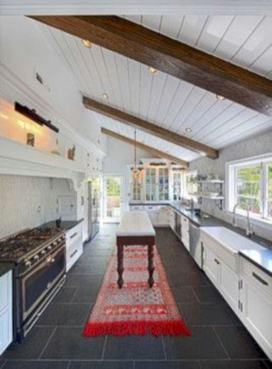 Amazing oak cabinet kitchen makeover ideas 04