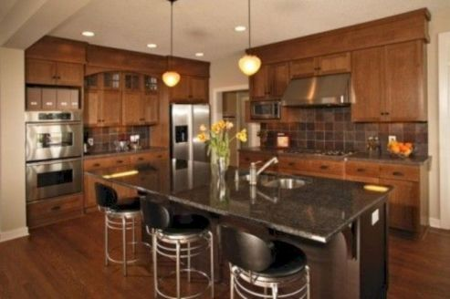 Amazing oak cabinet kitchen makeover ideas 22
