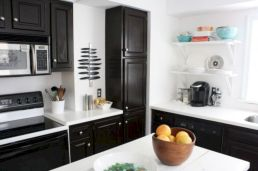 Amazing oak cabinet kitchen makeover ideas 33