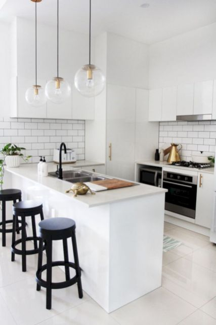 Awesome kitchen makeovers for small kitchens 03