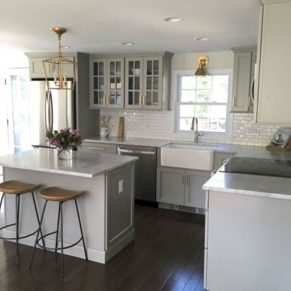 Awesome kitchen makeovers for small kitchens 29