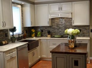 Awesome kitchen makeovers for small kitchens 42