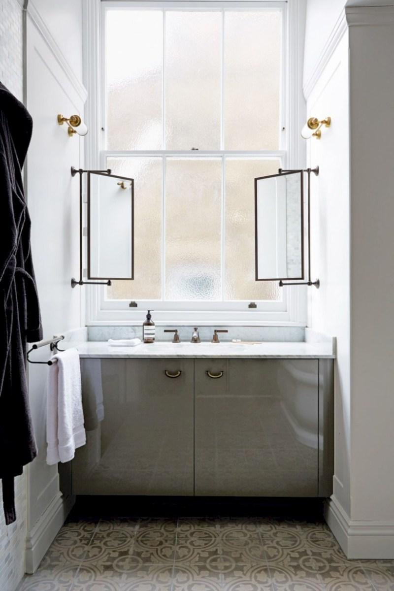 Best ideas for modern bathroom light fixtures 23