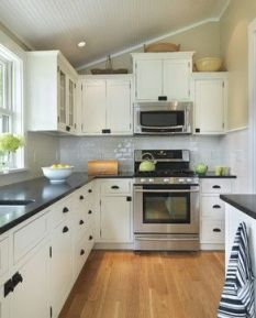 Comfy antique white kitchen cabinets ideas 34