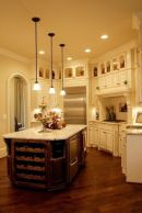 Comfy antique white kitchen cabinets ideas 41
