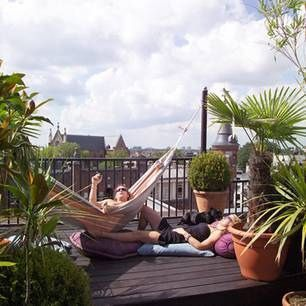 Comfy backyard hammock decor ideas 01