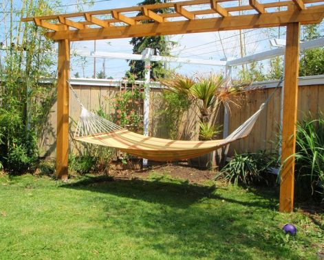 Comfy backyard hammock decor ideas 03