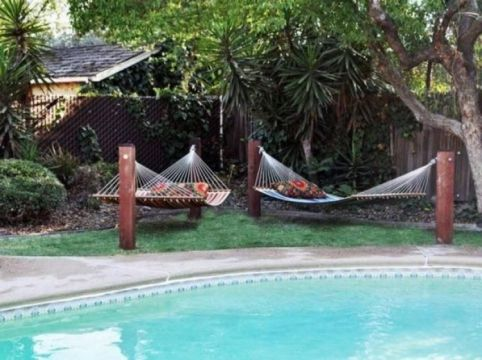 Comfy backyard hammock decor ideas 42