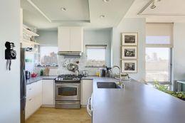 Easy grey and white kitchen backsplash ideas 11