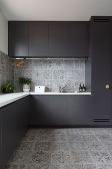 Easy grey and white kitchen backsplash ideas 20