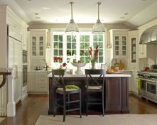 Elegant kitchen ideas with white cabinets 13