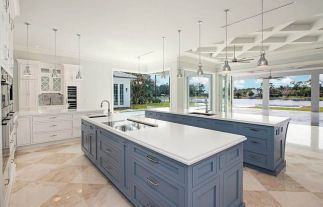 Elegant kitchen ideas with white cabinets 15