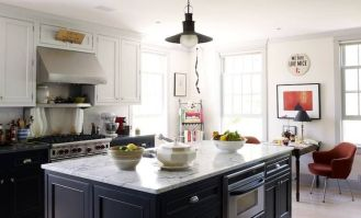 Elegant kitchen ideas with white cabinets 21