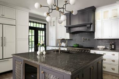 Elegant kitchen ideas with white cabinets 34