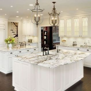 Elegant kitchen ideas with white cabinets 41