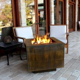 Fancy fire pit design ideas for your backyard home 10