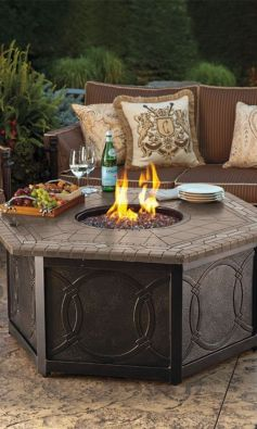 Fancy fire pit design ideas for your backyard home 23
