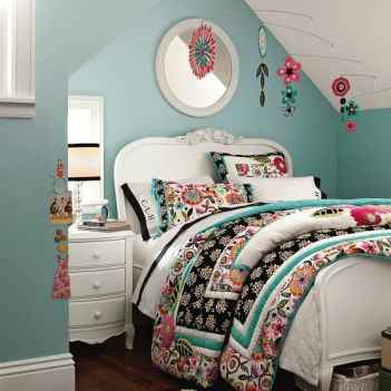 Impressive colorful bedroom ideas 11