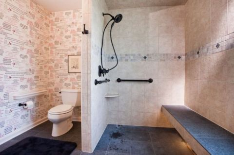 Lovely hotel bathroom design ideas that can be applied to your home 12
