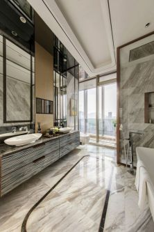 Lovely hotel bathroom design ideas that can be applied to your home 27