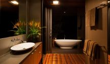 Lovely hotel bathroom design ideas that can be applied to your home 33