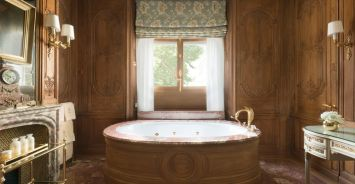 Lovely hotel bathroom design ideas that can be applied to your home 42