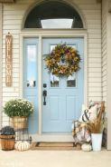 Amazing farmhouse porch decorating ideas 08