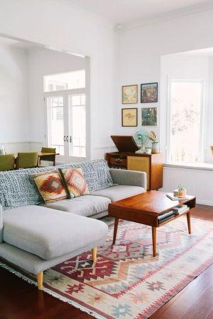 Amazing modern minimalist living room layout ideas 18