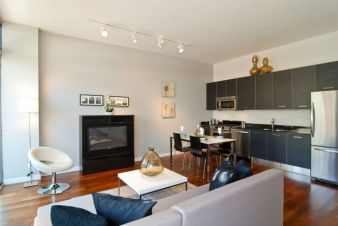 Amazing modern minimalist living room layout ideas 29