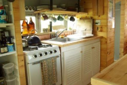 Antique diy camper interior remodel ideas you can try right now 23