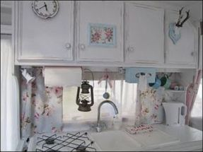 Antique diy camper interior remodel ideas you can try right now 27