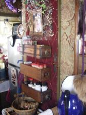 Antique diy camper interior remodel ideas you can try right now 32
