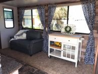 Antique diy camper interior remodel ideas you can try right now 38