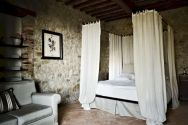 Attractive rustic italian decor for amazing bedroom ideas 24
