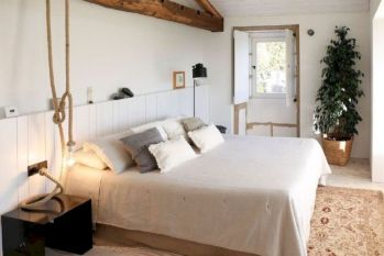 Attractive rustic italian decor for amazing bedroom ideas 40