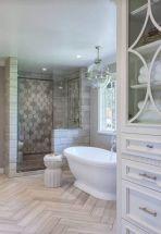 Awesome farmhouse shower tiles ideas 20