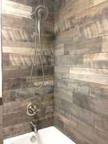 Awesome farmhouse shower tiles ideas 34