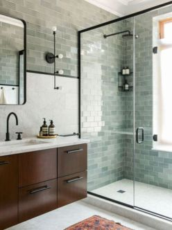 Awesome farmhouse shower tiles ideas 39