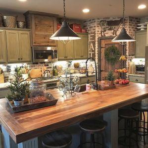 Brilliant rustic farmhouse kitchen cabinets remodel ideas 27